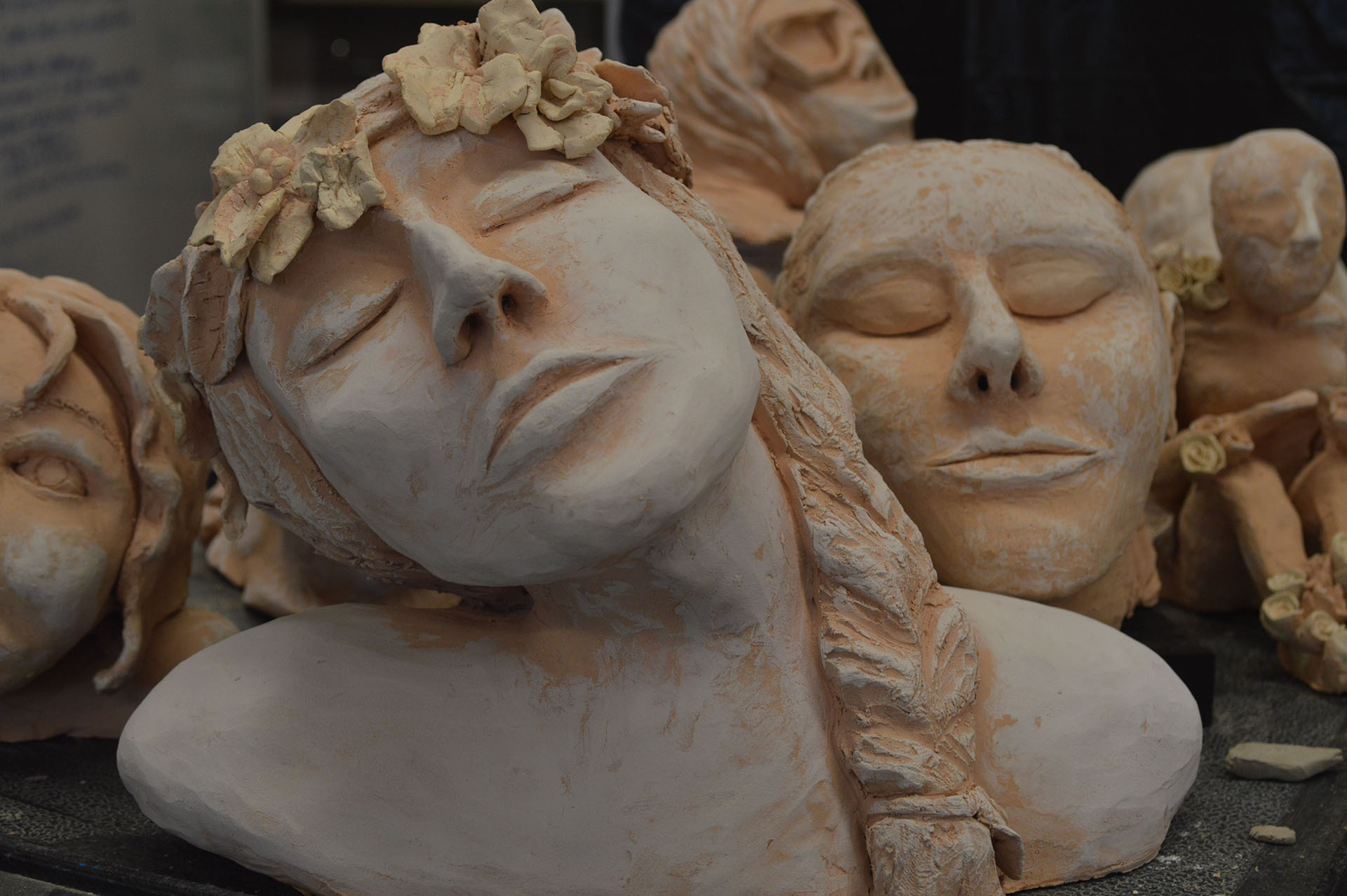 Art classes work on sculpting heads and bodies | Riverside Eddy